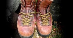 Kožené boty rozcházejte postupně. Pravidelně je impregnujte